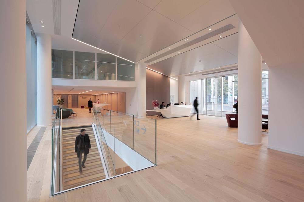 Mobilier du hall - Carré Michelet - © Cro&Co